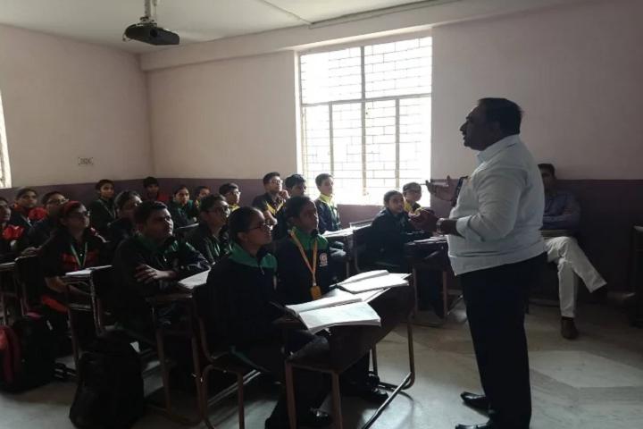 Mata Bhatee Devi Public School-Classroom with teacher
