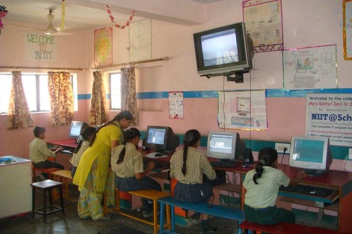 Mata Kasturi Devi Public School-IT-Lab
