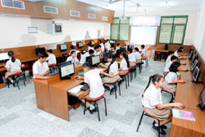 Maxfort School-IT-Lab