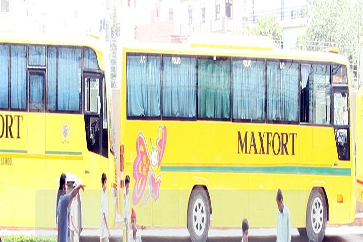 Maxfort School-Transport