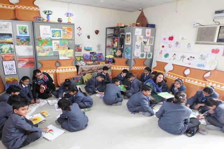 MDH International School-Art and Craft