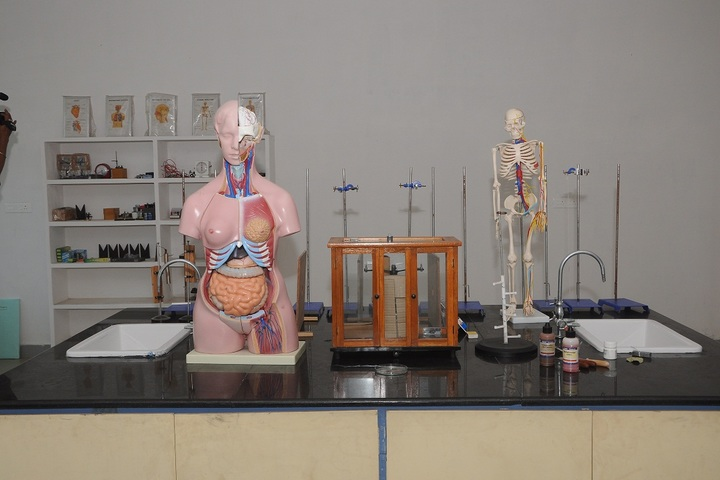 Swarnandhra International School-Science Lab