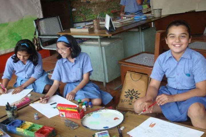 Modern School-Junior Art Room