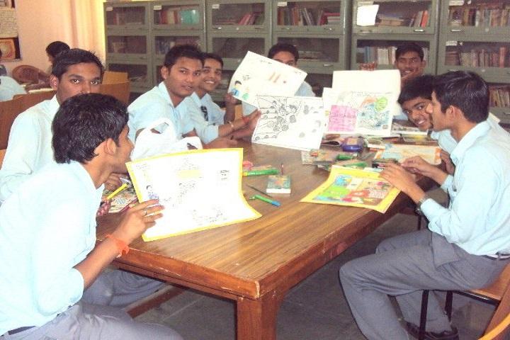 N D M C Navyug School-Library