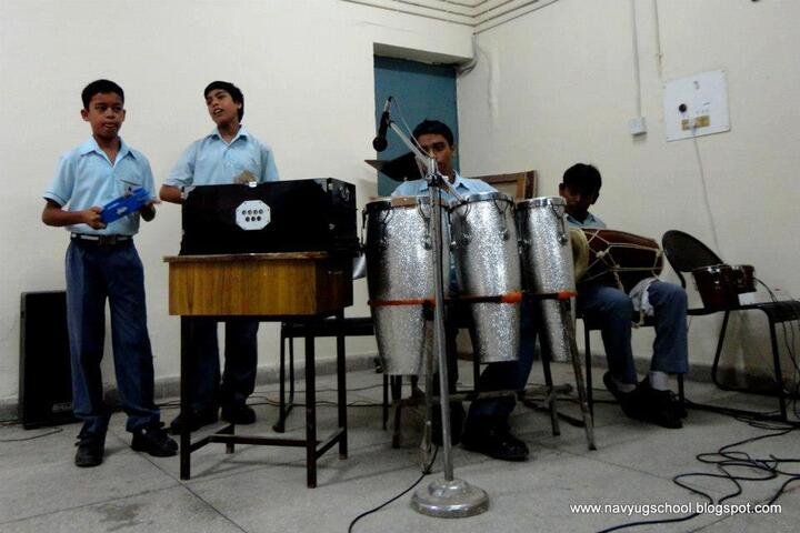 Navyug School-Music Activity