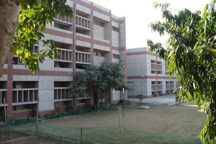 Navyug School-School Building