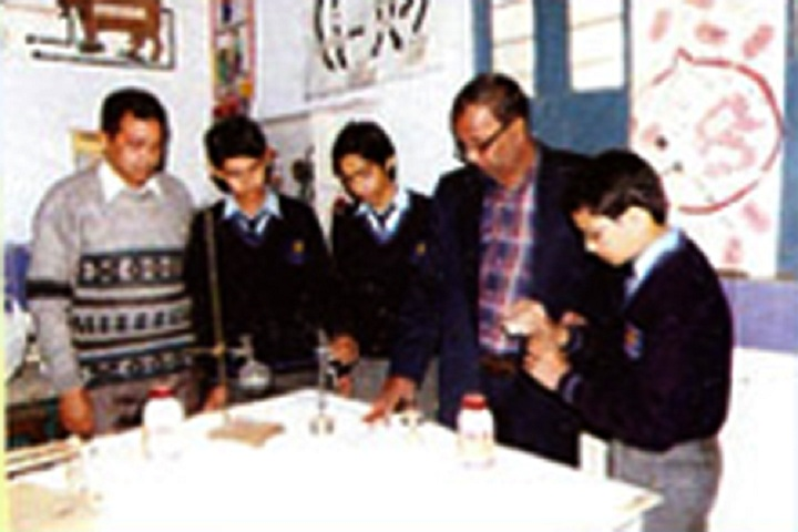 New Saraswati Public Secondary School-Lab