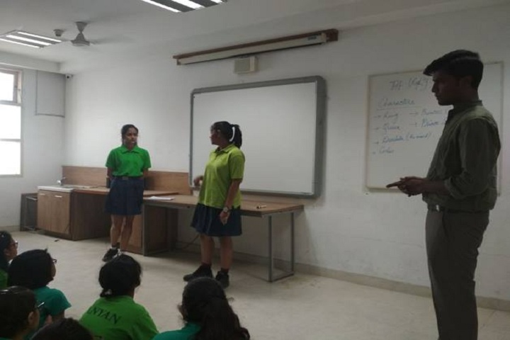 Nirmal Bhartia School-Classroom