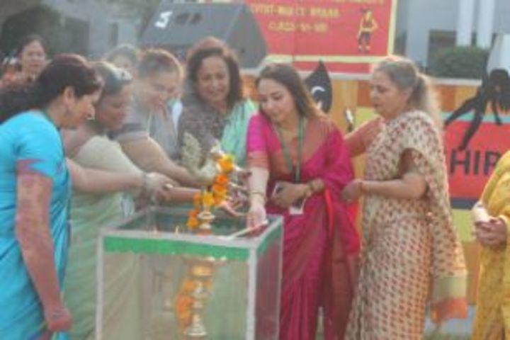 Pragati Public School-Teachers Day