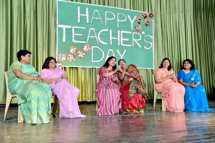 Queen Marys Girls Senior Secondary School-Teachers Day Celebration