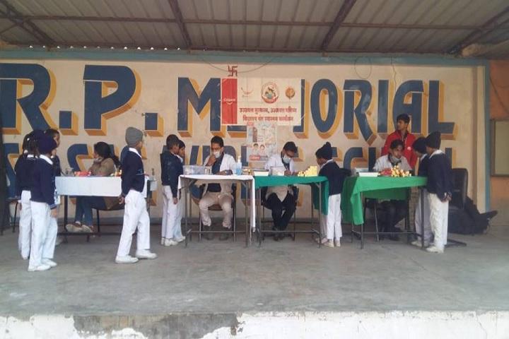 R P Memial Public School-Medical Camp