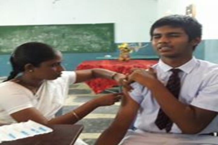 Vignan High School-Vaccination