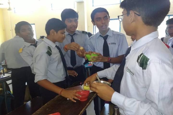 Vignan Vidyalayam High School-Food Festival