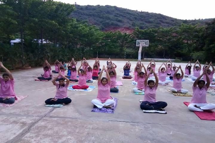 Vignan Vidyalayam High School-Yoga