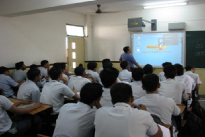 Rashtra Shakti Vidyalaya-Smart Class