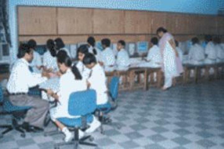 Ravindra Public School-Computer Lab