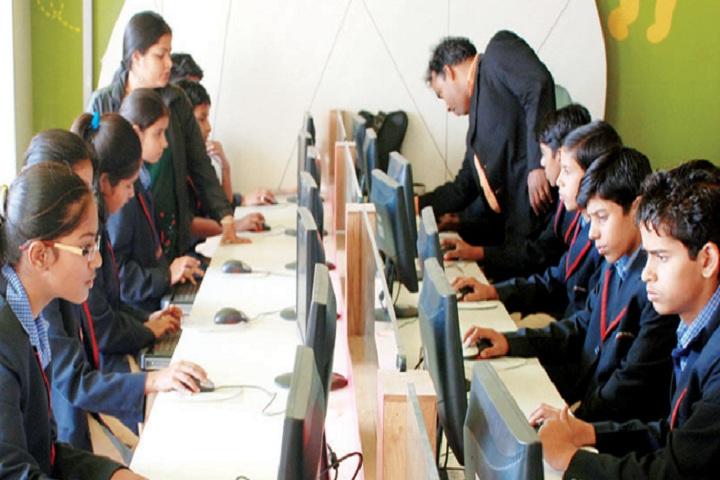 Richmondd Global School-IT Lab