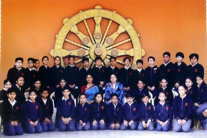 Sardar Patel Vidyalaya-Group Photo