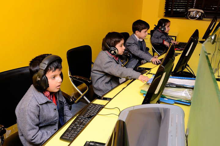 Shah International Public School-IT Lab