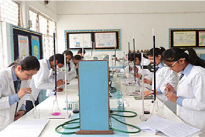 Shishu Niketan Public School-Science Lab