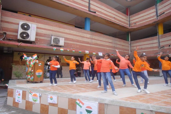 St Lawrence Convent-Dancing