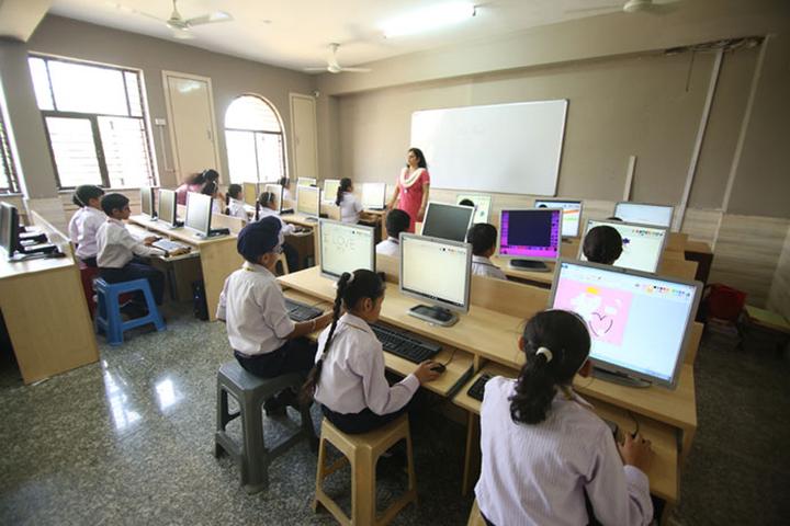 St Froebel School-Computer lab