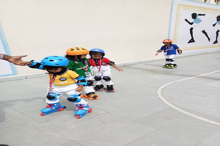 St Froebel School-Skating