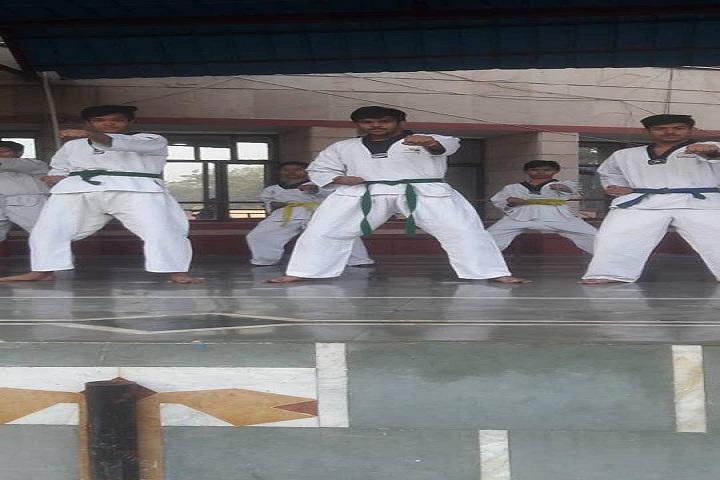 St Colombo Public School-Karate