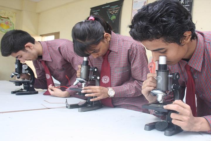 Tecnia International School-Science Lab