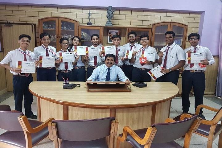 The Adarsh School-Prizes