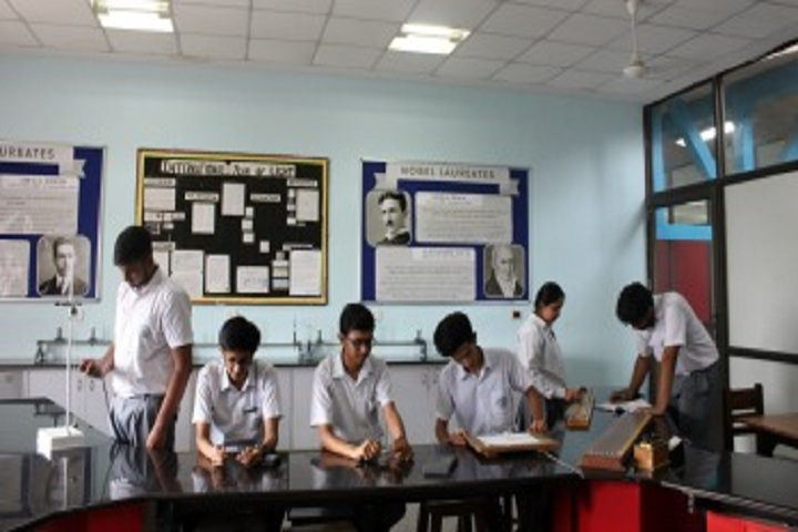 The Banyan Tree School-Physics Lab