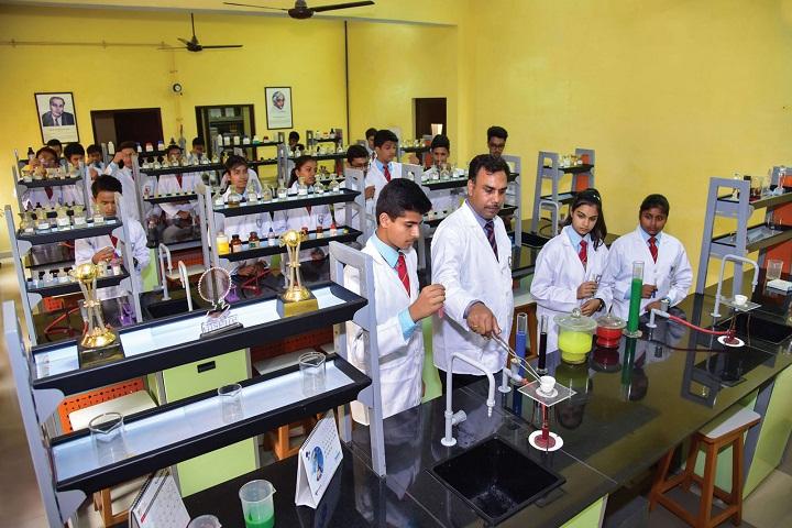 The Mann School-Chemistry Lab