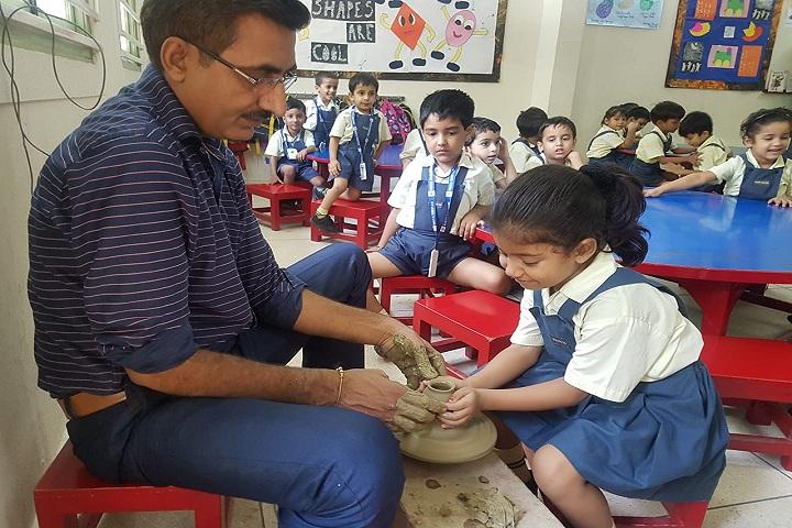 Vidya Niketan-Pottery