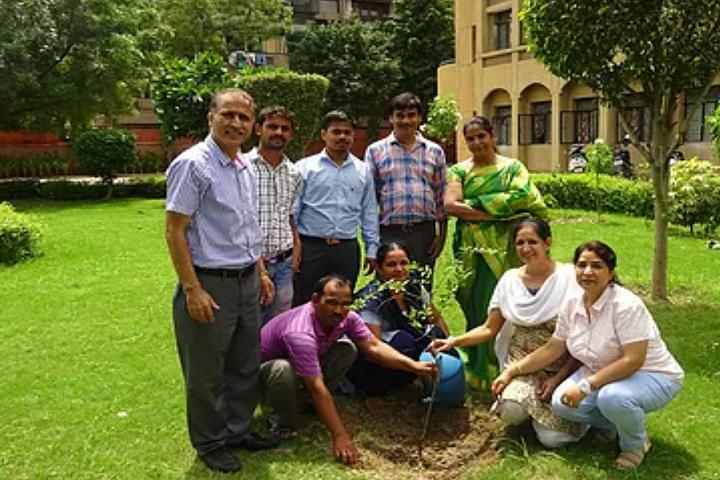 Vishwa Bharti Public School-Plantation
