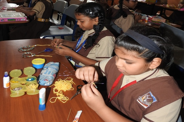 Fr Agnel Central School-Jewellery Making
