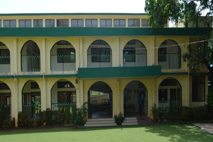 Green Meadows School-Campus-View
