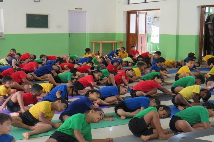 Green Meadows School-Yoga