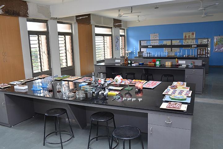 Aavishkar School-Science-Lab