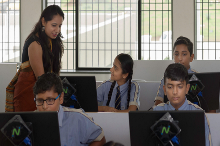 Academic Heights Public School-Computer-Lab