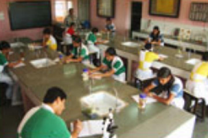 Aditya Birla Public School-Chemistry Lab