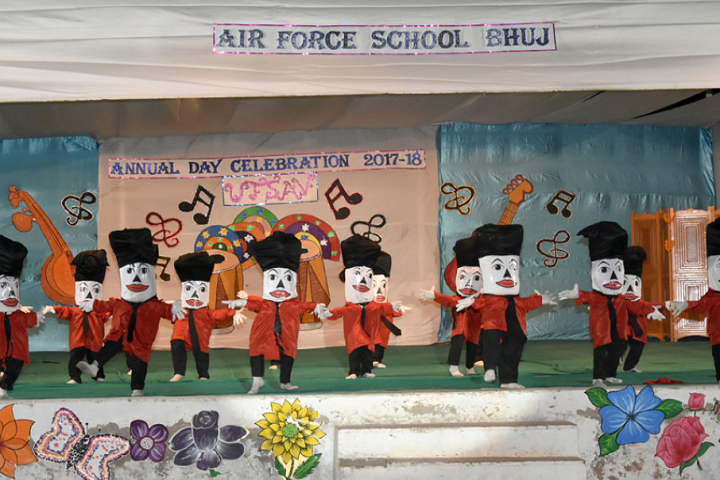 Air Force School-Dance