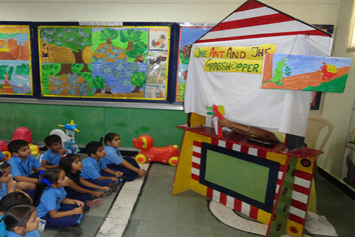 Air Force School-Kids Classroom