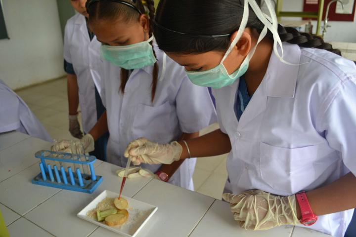 American School Of Baroda-Biology-Lab