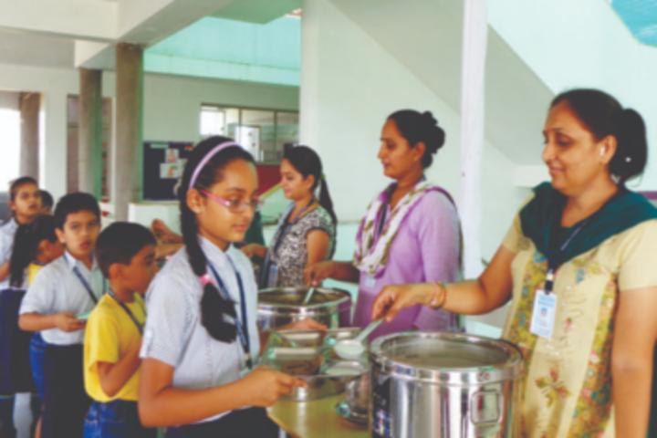 Anand Niketan School-Cafeteria