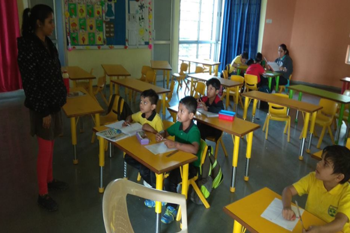 Anand Niketan School-Kids Classroom
