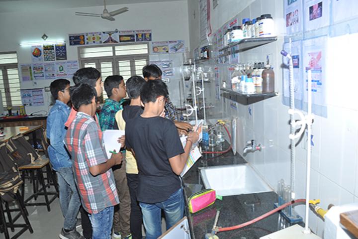 Arpit International School-Chemistry-Lab
