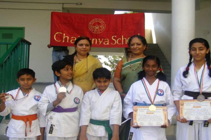 Chaitanya School-Karate prize winners