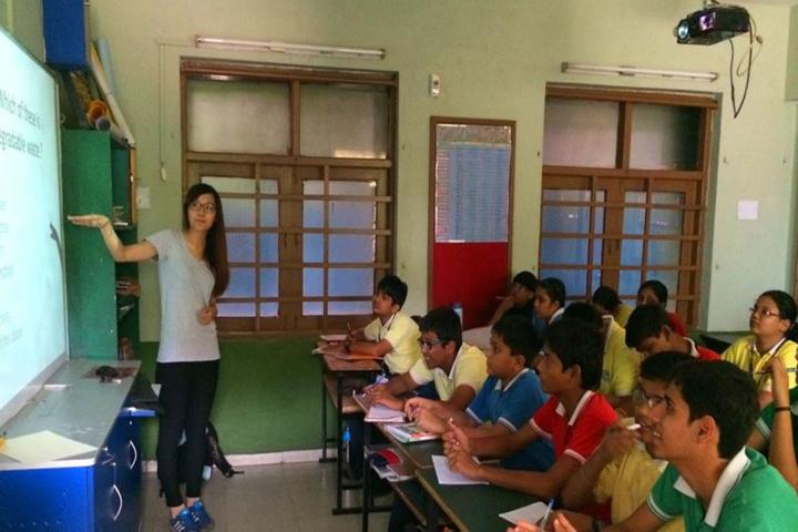 Cosmos Castle International School-Digital classroom