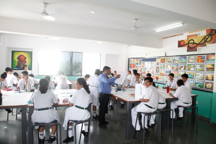 Delhi Public School-Art and craft room