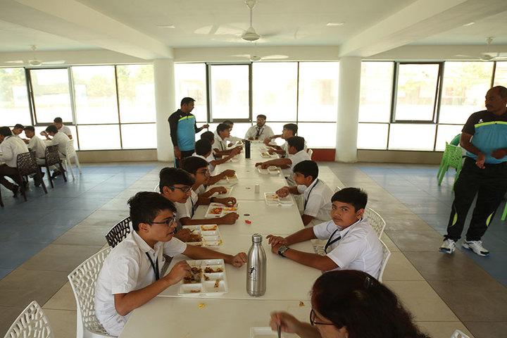 Delhi Public School-Cafeteria and Dining Hall